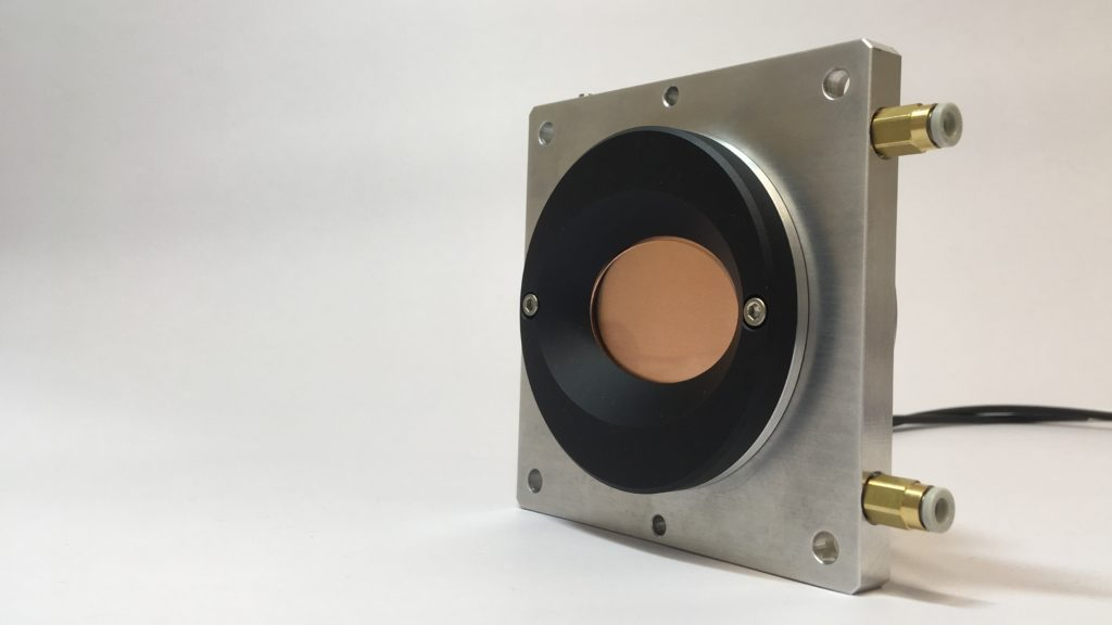 Foto of the Zwobbel® - fast focussing solutions- with cooling and mechanical interface.
